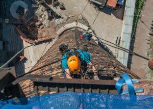 Kultuurikatla korstna renoveerimine 7 300x214 Fassaadi puhastus ja hooldus kõrgustes