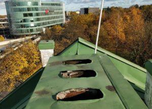 Toompuiestee 30 katusetööd 2 300x214 Tolmu eemaldamine raskesti ligipääsetavatest kohtadest